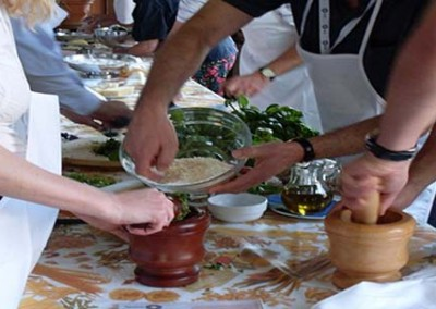 Team Building Cooking in Tuscany