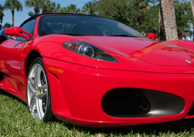 Ferrari Test Drives on the Race Track and on the Road in Italy