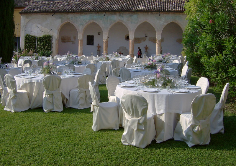 Antique Venue for Dinner Receptions & Events close to Verona & Lake Garda